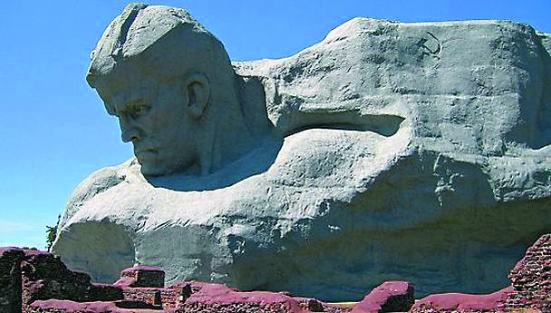 22 июня в 4 часа утра Патриарх Московский и всея Руси Кирилл присоединится к траурным мероприятиям в Брестской крепости