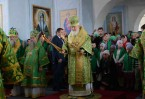 Божественная литургия в Успенском соборе Иоанновского монастяры