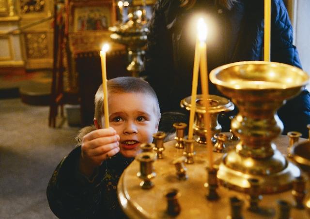 В храме никогда не прекращалась молитвенная жизнь