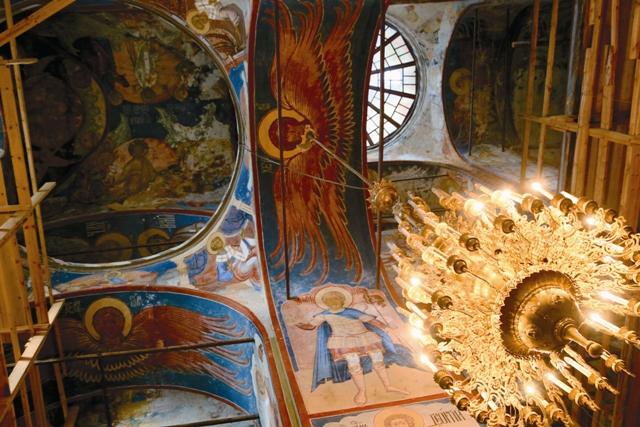 Фрески Зачатьевского храма признаются лучшими образцами ярославской школы иконописи XVII века
