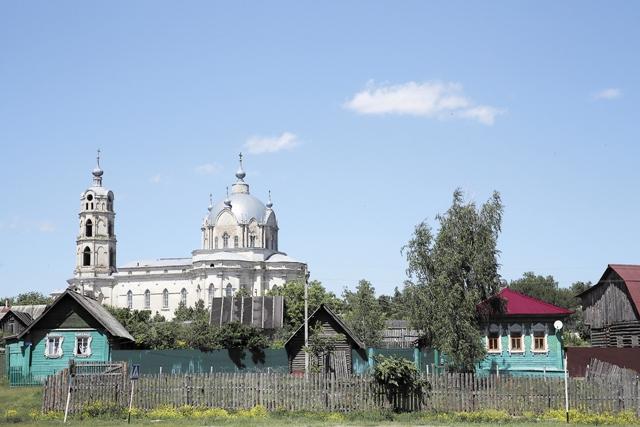 Храм святой Троицы в поселке Гусь-Железный