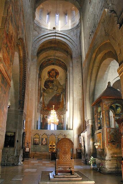 Изображение Христа на горем месте в Светицховели, которое поражает каждого входящего в храм