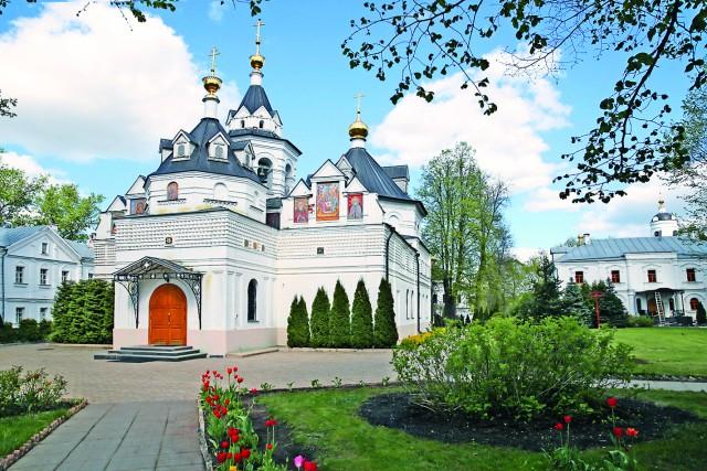 Храм в честь преподобного Стефана Махрищского