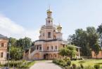 Храм Бориса и Глеба в Зюзине построен в стиле нарышкинского барокко