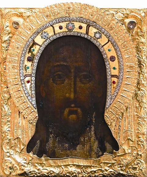 С первых лет в храме находится чудотворная икона Спаса Нерукотворного