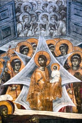 Успение Пресвятой Богородицы. Христос с душой Своей Матери на руках фреска монастыря Грачаница