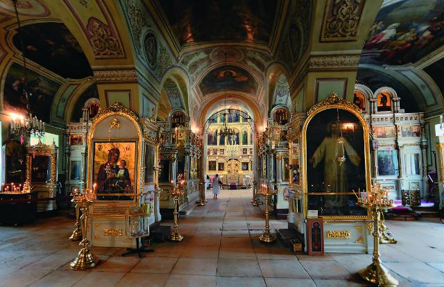 Храму Илии Обыденного в годы воинствующего атеизма суждено было стать настоящей сокровищницей православной Москвы