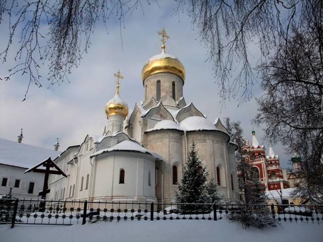 Храм Рождества Богородицы, где покоятся мощи преподобного Саввы Сторожевского