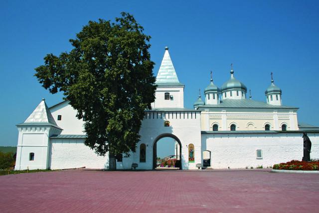 Георгиевский монастырь в Мещовске