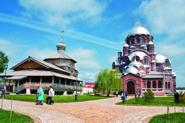 Троицкий храм – самое древнее деревянное здание в России, имеющее точную дату постройки