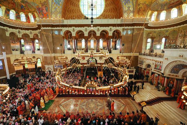 В Никольском храме могут поместиться пять тысяч человек