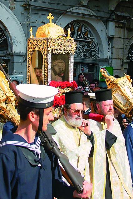 Пасхальный крестный ход с мощами святителя Спиридона Тримифунтского