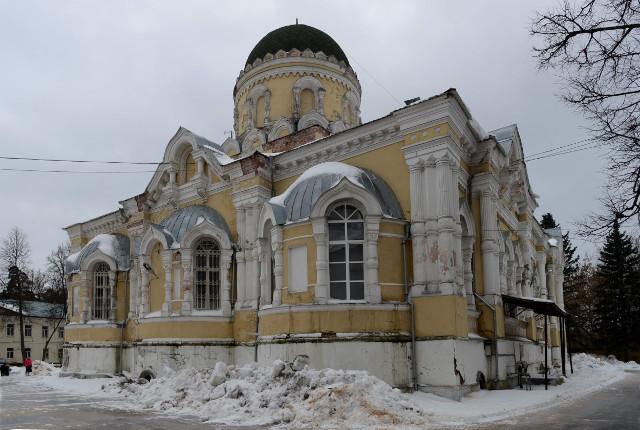 Так выглядит сейчас троицкий храм, ждущий реставрации