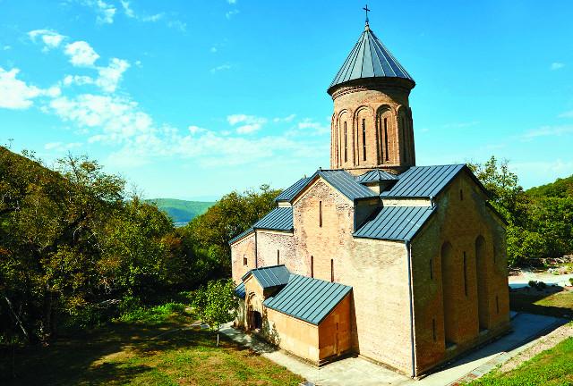 Монастырь Кинцвиси. Собор  святителя Николая
