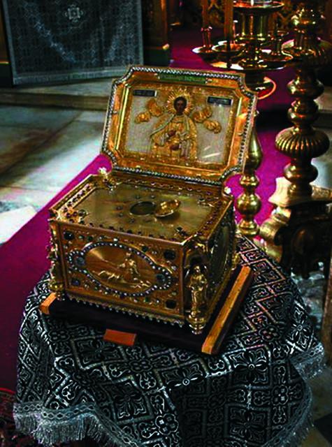 Ковчег с честной главой великомученика Пантелеимона