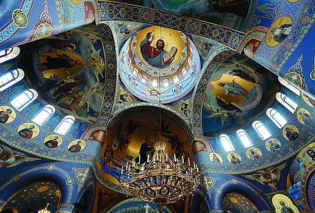 Росписи Спасского храма - в стиле В. Васнецова