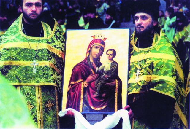 """Образ Божией Матери """"Скоропослушница"""", келейная икона старца Аристоклия, прибыла на  Афонское подворье с Маросейки одновременно с мощами прославленного батюшки"""