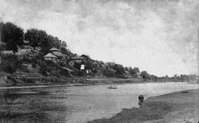Вид с реки на Козельск. Архивное фото