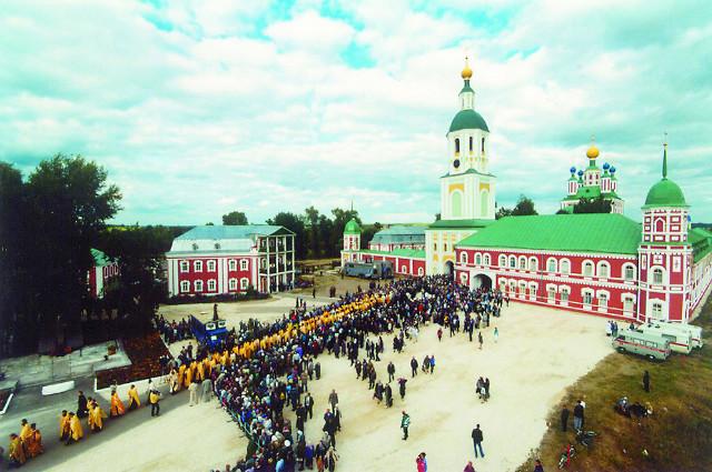 Прославление адмирала Ушакова в Санаксарском монастыре