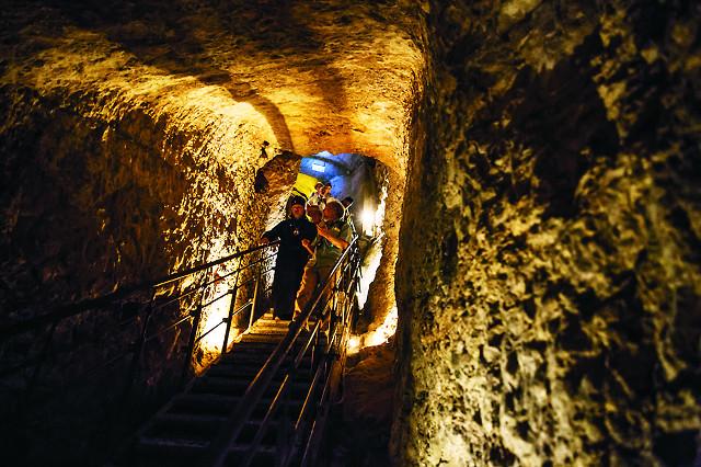 В туннеле царя Езекии