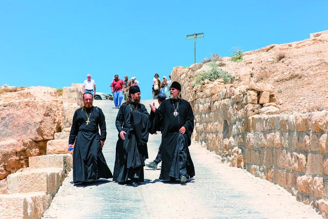 Митрополит Марк впервые приехал на Святую Землю в составе группы паломников