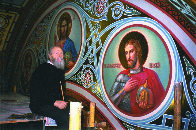 Работа над росписями в храме Христа Спасителя