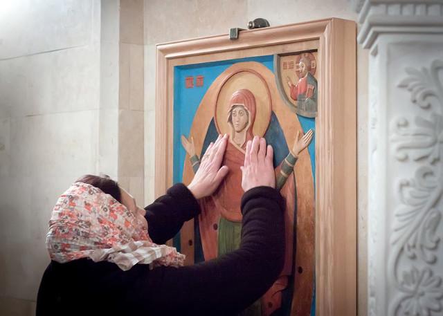 Образ Богородицы «Всех Скорбящих радость» очень почитаем в сообществе слепоглухих