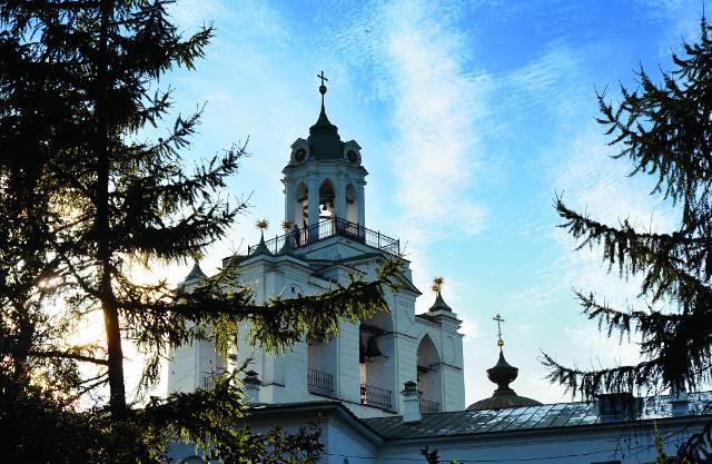 Колокольня Спасо-Преображенского монастыря. Фото Елены Кузьмичевой