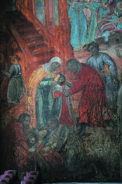 Фреска в  храме царевича Димитрия на крови, изображающая сцену убийства юного наследника престола