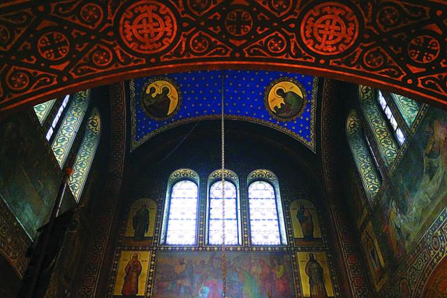 Роспись сводов храма святой великомученицы Варвары в городе Веве