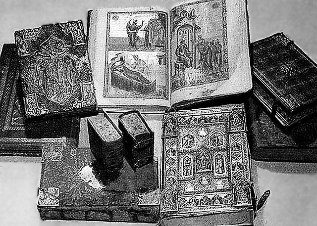 В библиотеке Иверона насчитывалось свыше двух тысяч древних греческих рукописей, самые ранние датировались X веком