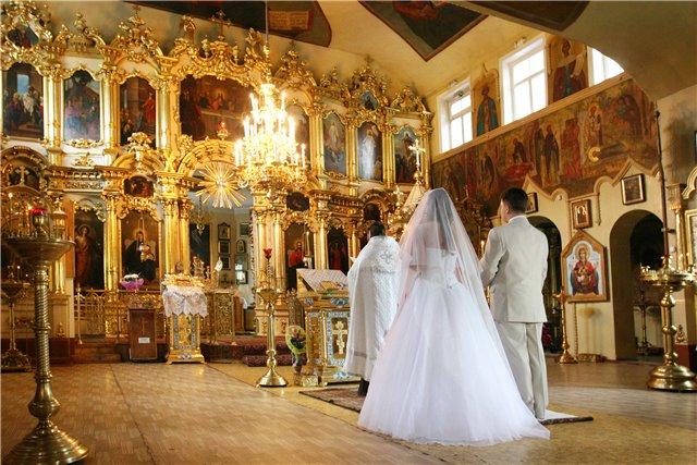 Венчание очень красиво и торжественно