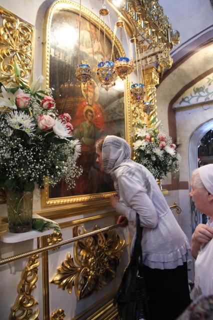 Державная икона является главной святыней Казанского храма в Коломенском
