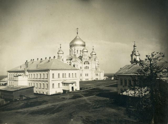 Белогорский Свято-Николаевский монастырь. Общий вид. Начало ХХ века