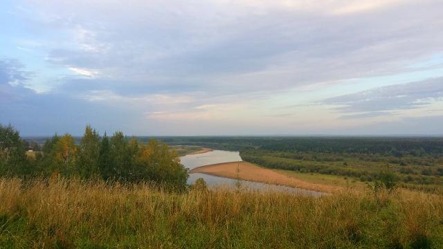 Вечерняя река Колва, Чердынь