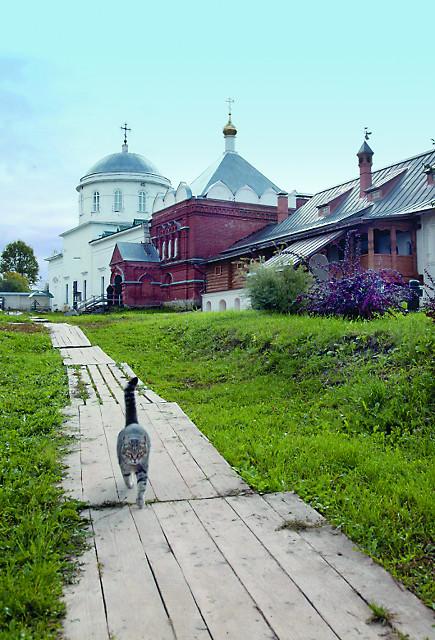 Клобуков монастырь. Южный келейный корпус, Макарьевская часовня, храм святителя Алексия, митрополита Московского