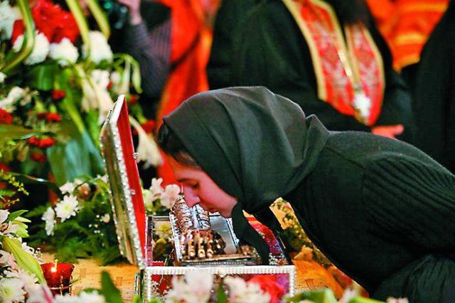 В апреле 2007 года мощи святителя Спиридона были привезены в Москву, за 10 дней поклониться им пришли более 300 тысяч человек.