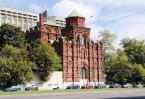 Немногие знают, что краснокирпичное здание, стоящее фасадом на Новослободскую улицу, – практически все, что осталось от одного из самых молодых Московских монастырей – Скорбященского