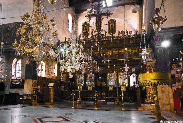 Алтарь храма Рождества