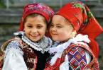 В Румынии живут веселые открытые люди, которые любят Бога, свою страну и берегут национальные традиции.