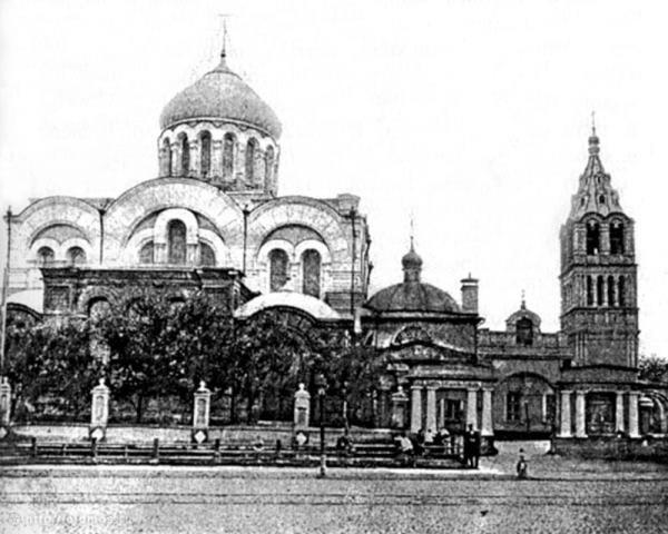Общий вид Дорогомиловской Богоявленской церкви. Фото 1910-х годов