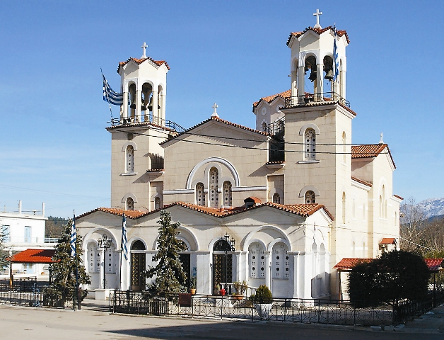 Храм прав. Иоанна Русского в Нео-Прокопионе