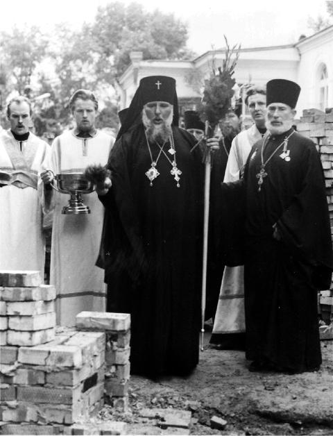С 1953 по 1962 год священником Пантелеимоновской церкви был отец Александр Докукин – будущий владыка Гедеон, митрополит Ставропольский и Владикавказский