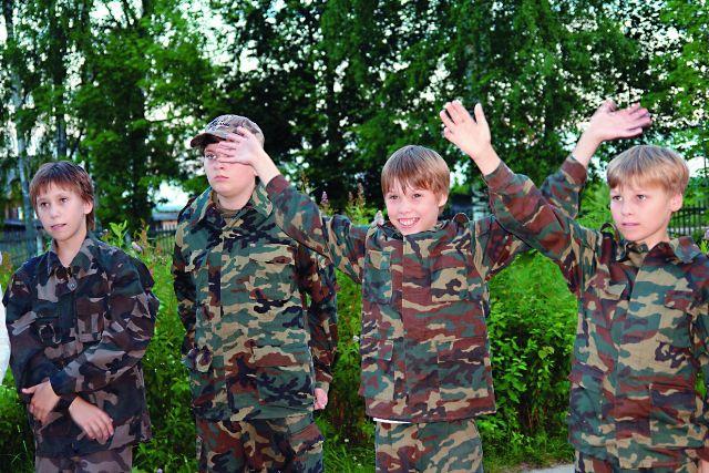 Для мальчишек очень важно почувствовать себя будущими защитниками Отечества