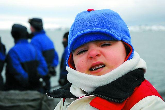 На Троицу российские полярники устраивают у себя на станции традиционный праздник для чилийских детей и их родителей.