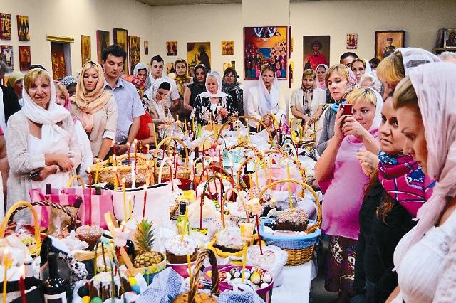 В Майаме проживают более 200 тысяч русских. Вдали от Родины люди очень нуждаются в общении и духовной поддержке