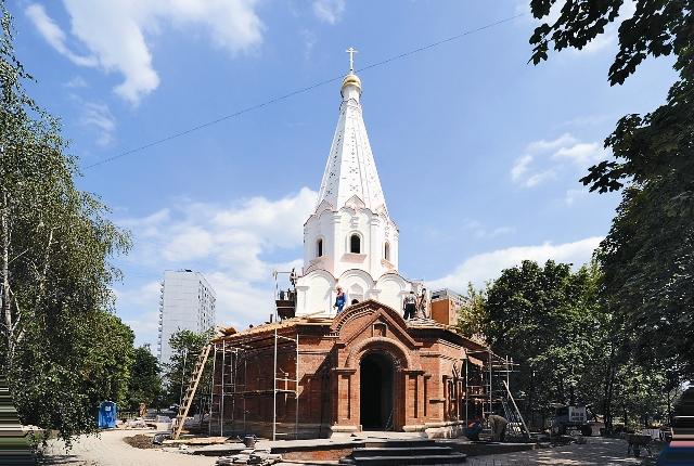 Храм в честь Святого благоверного князя Дмитрия Донского