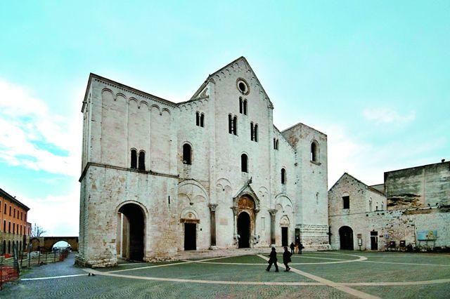 Базилика святителя Николая. Город Бари