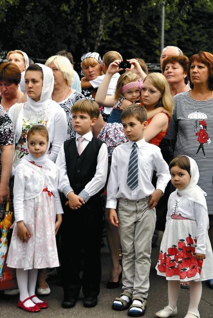 В храм Иоанна Русского приходит много детей