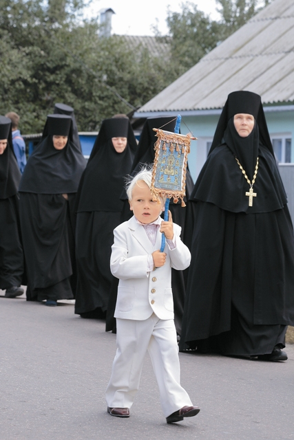 Решением Священного Синода РПЦЗ принесение Курской Коренной иконы «Знамение» в Курск будет совершаться ежегодно